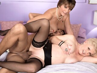 Jewel & Bea Cummins: What's Your Great Moment big ass big tits